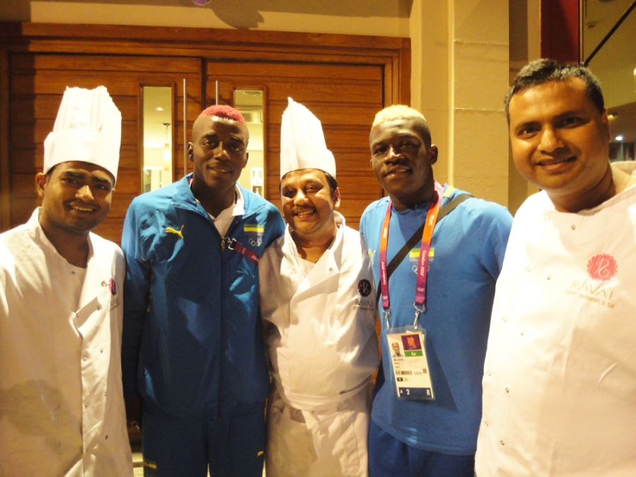 Olympic Footballers Visit Raval